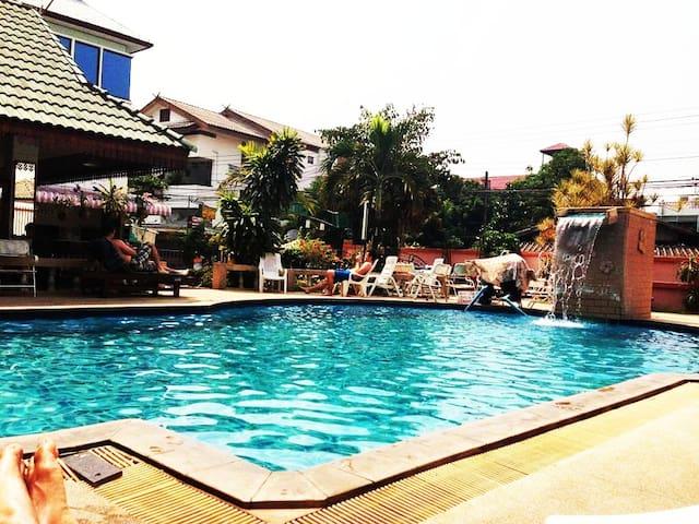 ⭐⭐⭐Old Town Pool [ DBL Fan ] @ Chiang mai City
