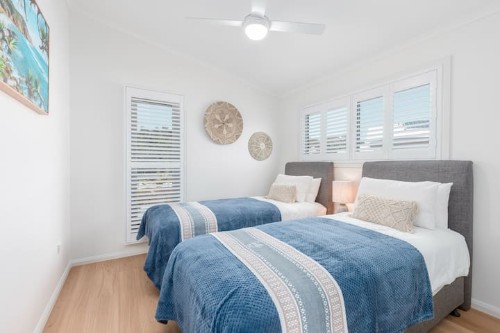 Waterfront 1 Bedroom Villa / 1Br-5N Non Refundable