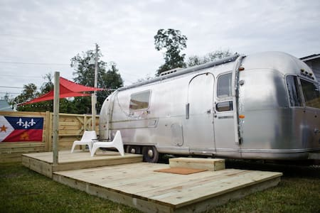 Classic 1969 Airstream in the heart of Lafayette - Lafayette