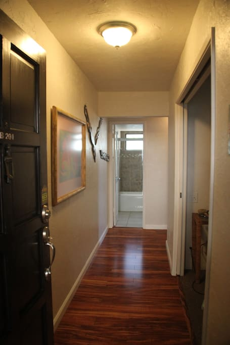 Front door entry hallway.