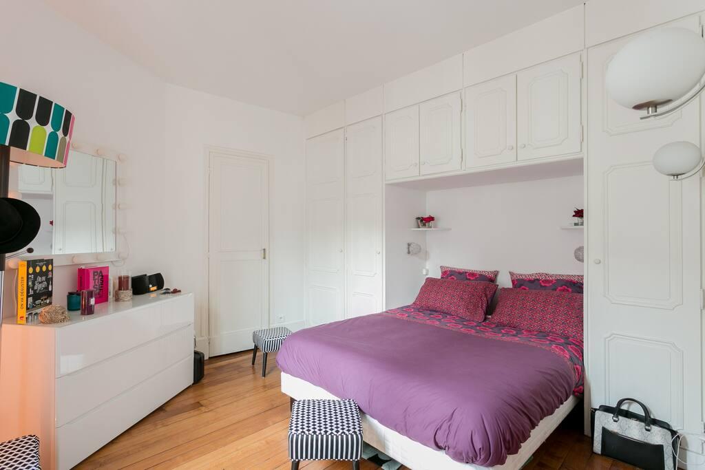 Appartement montparnasse vavin appartements louer for Chambre de bonne paris a louer