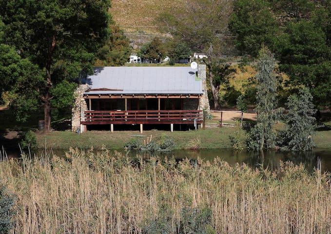 River Edge Accommodation - Joubert House