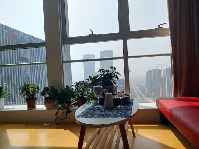 望太湖全景落地窗天然乳胶大床房