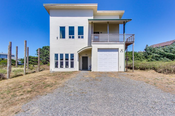Lovely, modern home w/ ocean views, wood-burning fireplace, & easy beach access