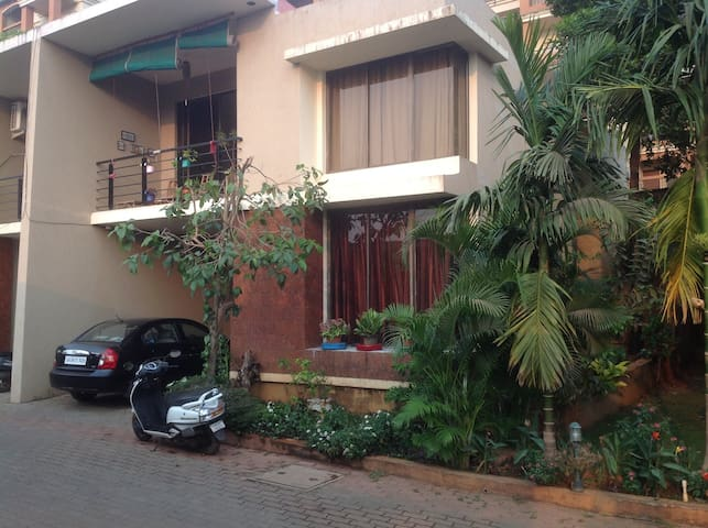 1 Pvt BHK in 3bhk Villa betwen Airport and Beaches