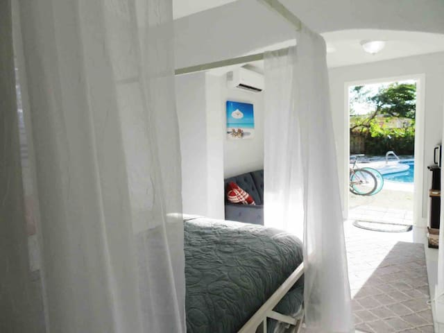 Guest Suite | Downtown | Pool | Beach