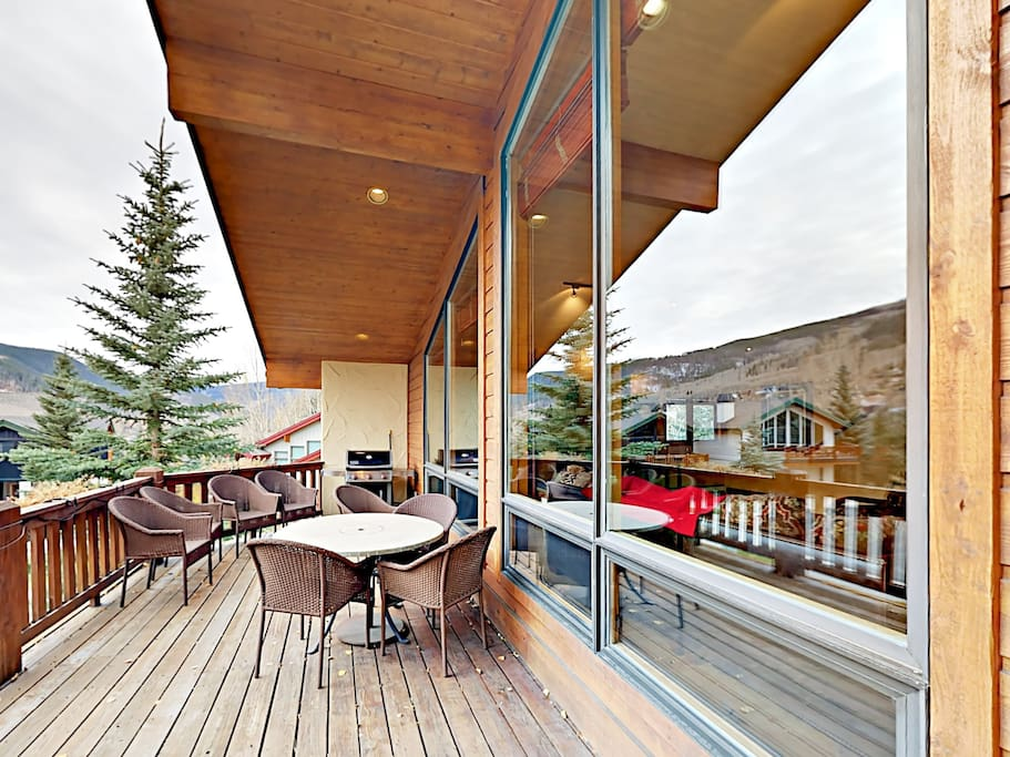 Sprawling mountain home with 2-story deck. Professionally cleaned and managed by TurnKey Vacation Rentals.