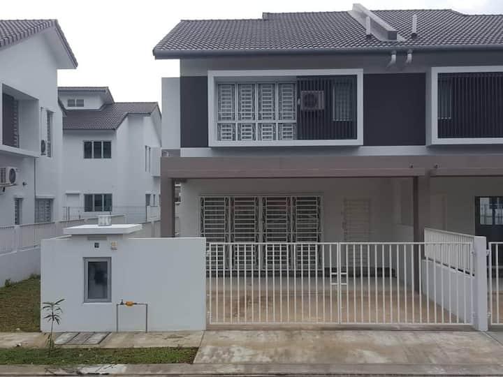 4U Vista Homestay, Bandar University Pagoh