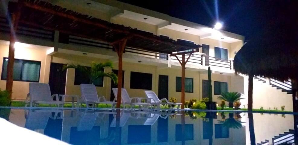 Hotel Xpujil Habitacion (2 Matrimoniales)