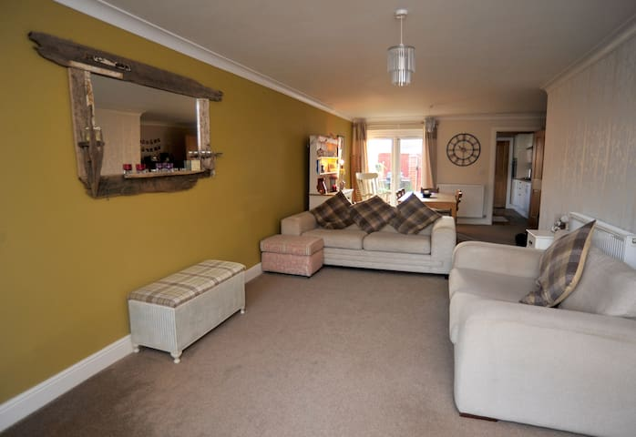 Modern coastal 3 bedroom house in Saltburn - Saltburn-by-the-Sea - Hus