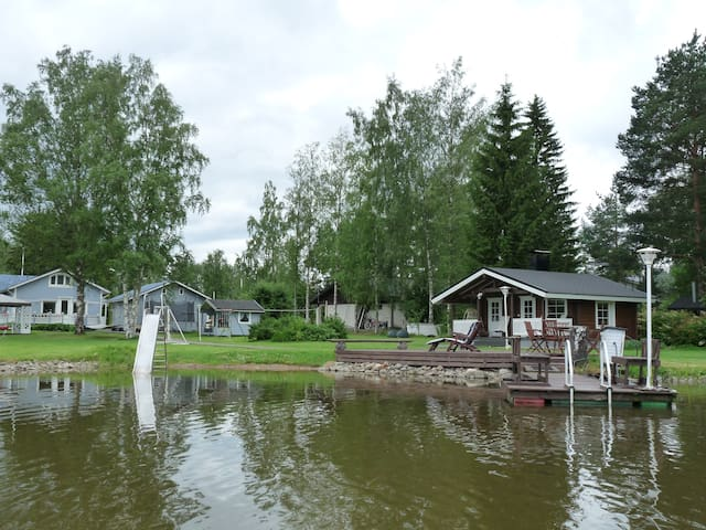 Lakefront house with two saunas 20min from Tampere
