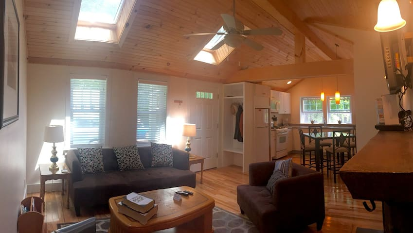 Berkshire Cottage for 4  near Jiminy Peak