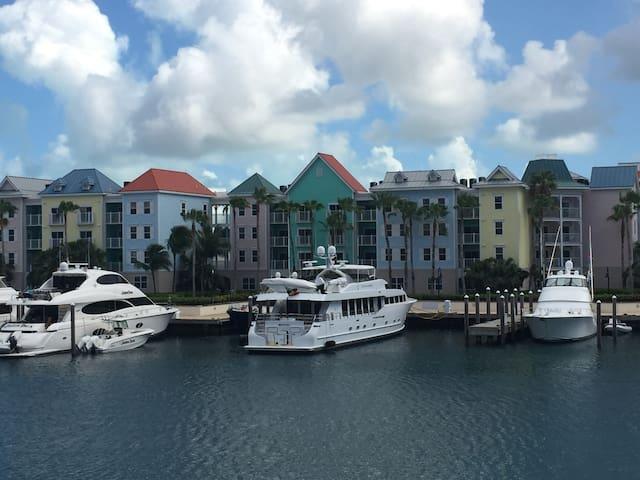 Atlantis 1 br villa, 4 guests, 7/27-8/3, 2019