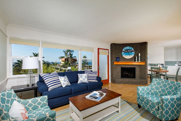 Charming Beach Cottage in Cardiff W/Ocean View