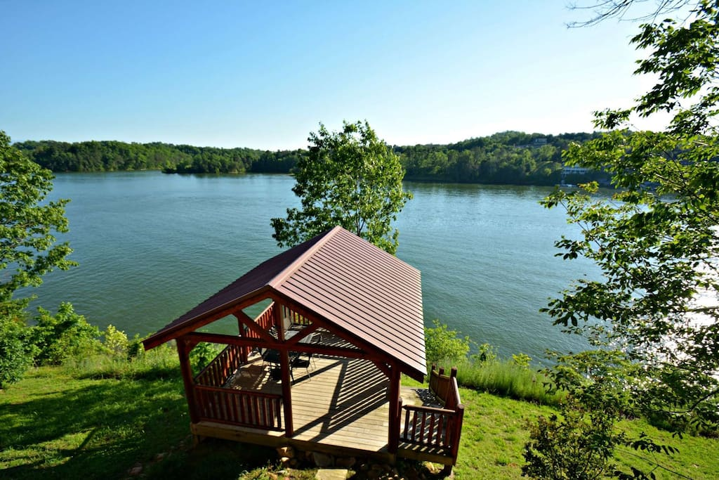 Enjoy your afternoon on the gazebo deck for a picnic or quiet evenings lakeside.
