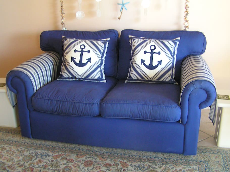 Settee in lounge