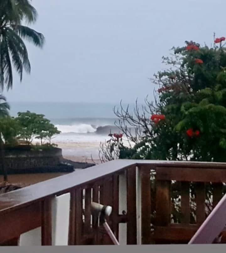Okun-Bowa Beach House, Steps 2 World Class Surf