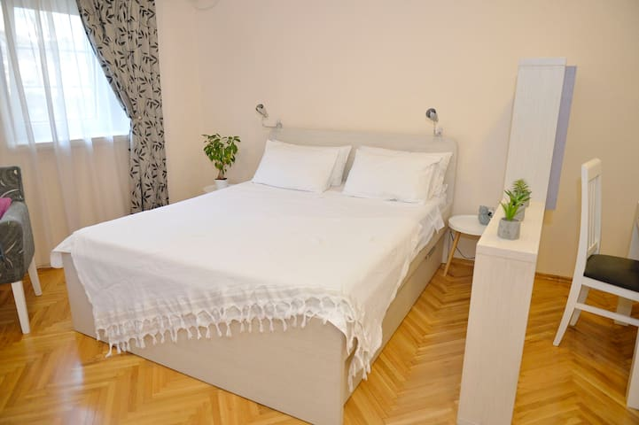 LUX APARTMENT IN OLD TOWN EXCELLENT LOCATION