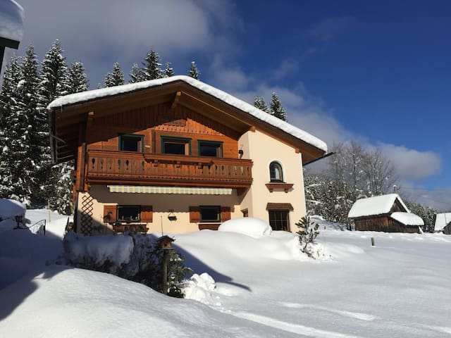 Holiday Appartement Breininghäusl / Gosau - - Gosau - Casa