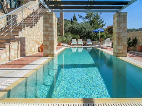 Aphrodite - Villa Apokoron com piscina privada