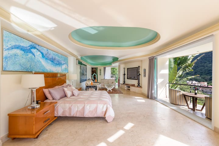 Master Suite, with amazing views of the beach