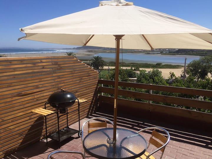 Habitación con terraza privada a pasos de la playa