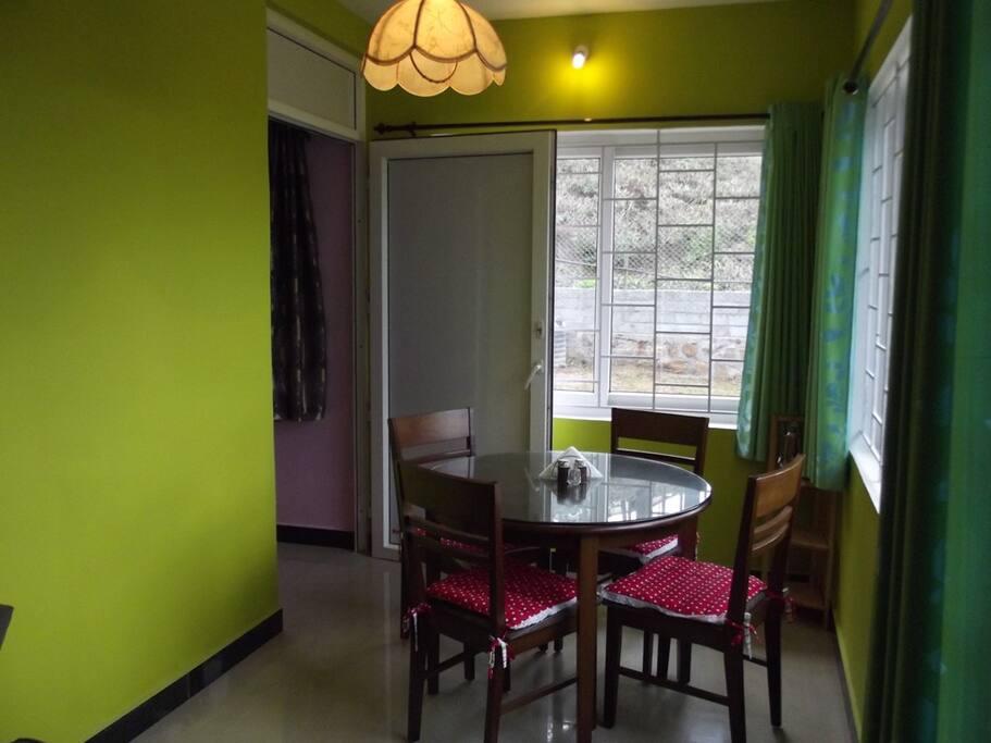 NLIGHTEN dining area