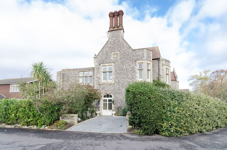 Maison Perdue Bed & Breakfast - Ferring - House
