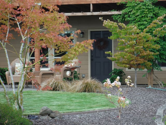 Washougal Oaks - Private Country Retreat - Washougal