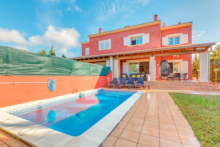 """Charming Holiday Home """"Villa Tolleric"""" with Sea View, Wi-Fi, Garden, Terraces & Pool; Parking Available"""