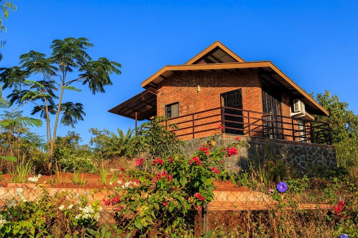 Bungalow @Synergy Holiday Village - Bougain Villa