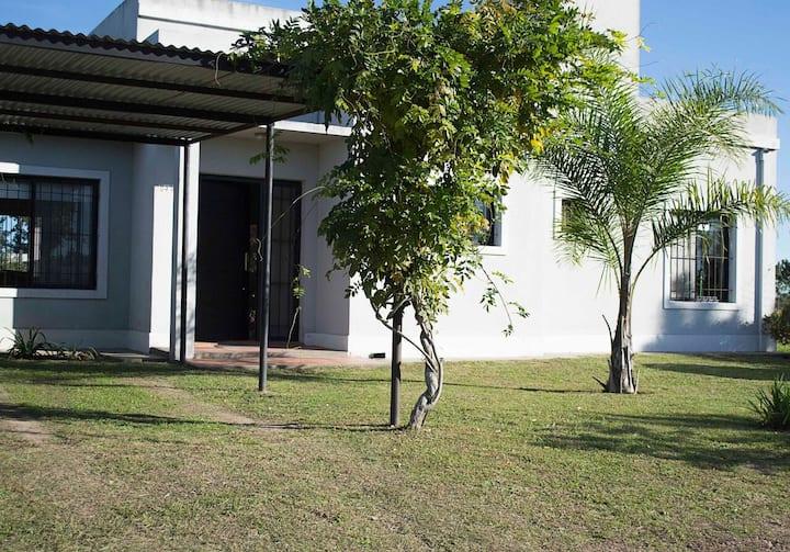 La Inesita. Casa con jardín y pileta.