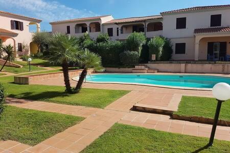 Villa Loca Romantica San Teodoro