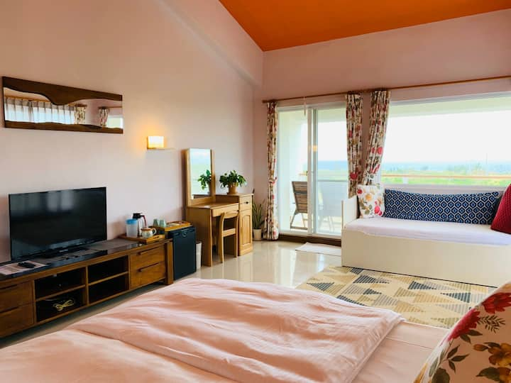 B3 VIP king size room with sea view