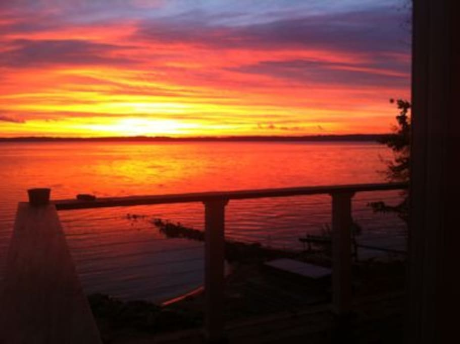 Wake up early and enjoy the sunrises from 4 different decks.