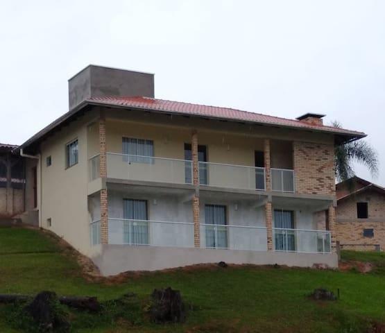 Recanto das Águias - Alto Palmeiras/Rio dos Cedros