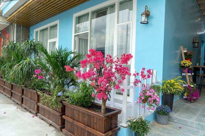 【普罗旺斯的春天】全湖景独栋别墅带私家花园【海岸房】