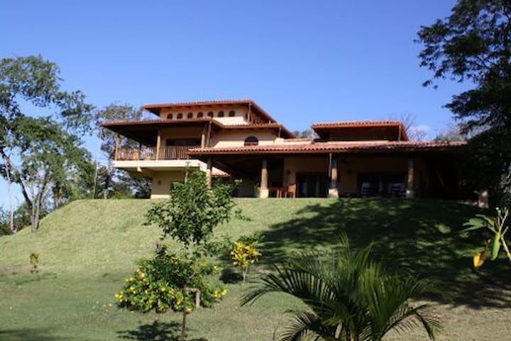 Casa Cielos Azules--Costa Rican Beach House