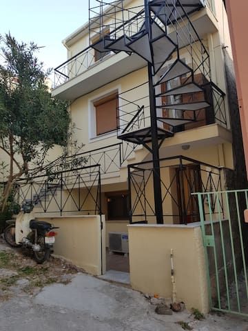 Mytilene City-Center Apartment 1