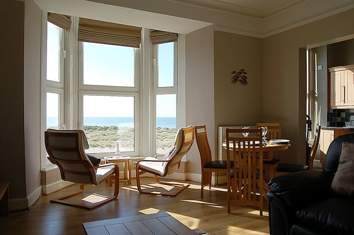BARMOUTH SEA VIEW APARTMENT