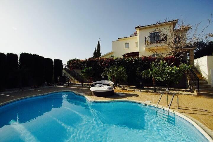 Luxurious n modern Sea Shell Villa