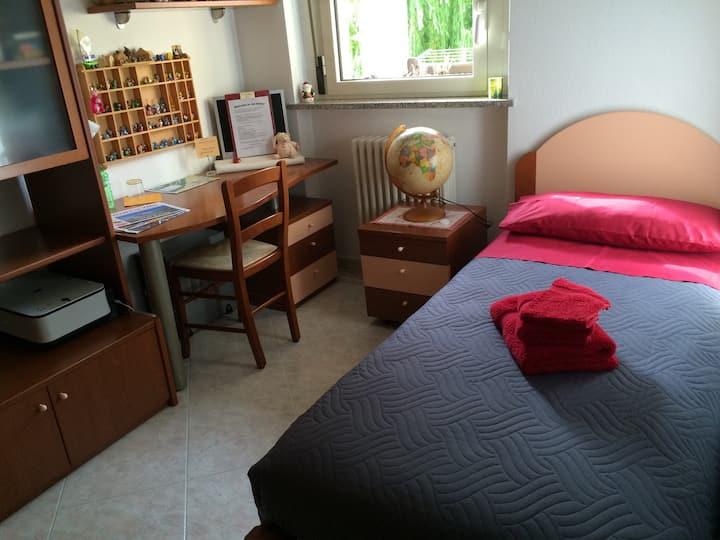 Single room next to Pila's Gondola - Aosta Center