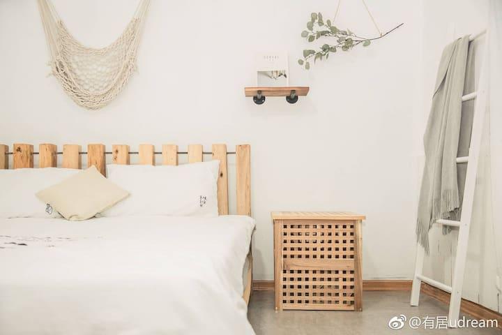 安颜(Anyan)room20 依山傍水  单身公寓   沙坡尾厦大双子塔中山路步行可达