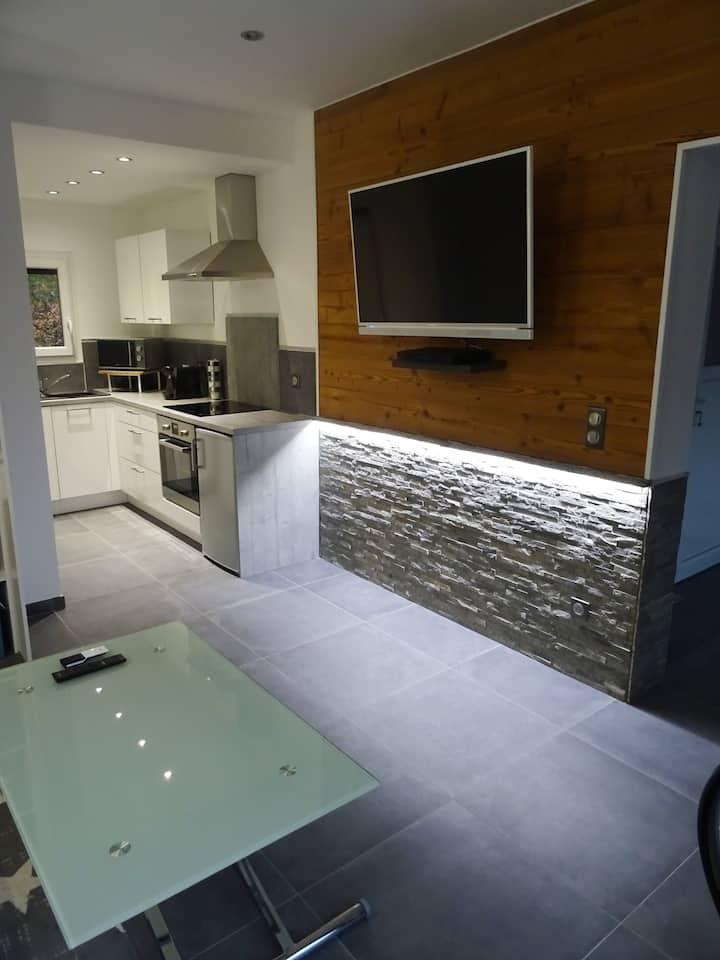 Studio meublé pour vacances en MONTAGNE (SAVOIE)