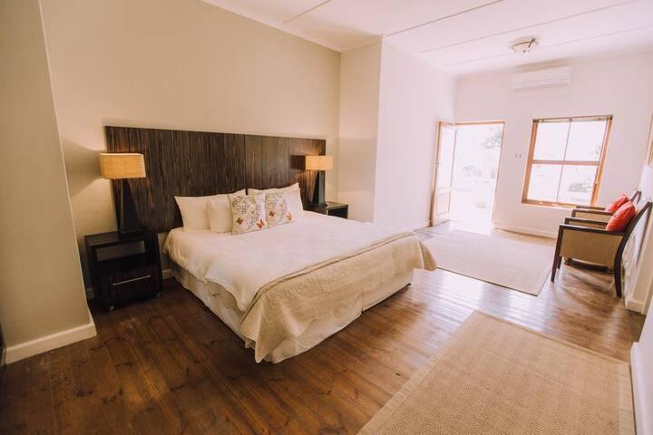 Luxury Double (King) Room with Bath