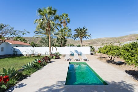 El Coronel: Fabulous Villa, Pool - Palm-Mar