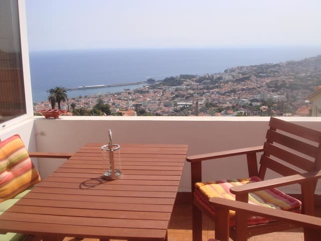Peace and Beauty - Funchal - Apartment