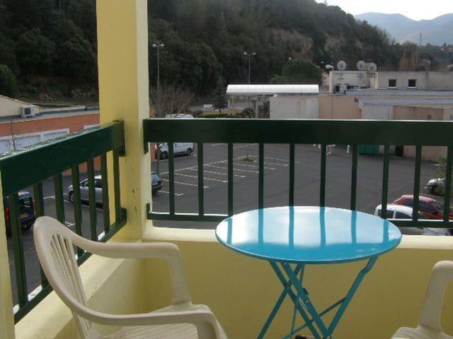 Nice studio with mountain view