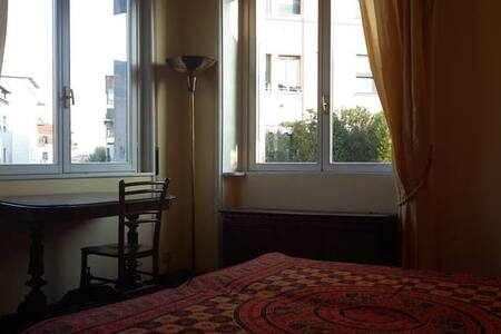 Central room with terrace - Milano - Apartment