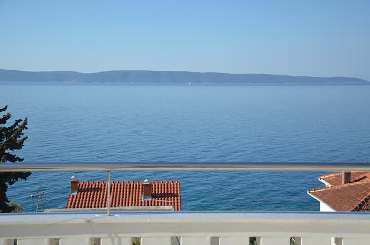 Apartment Jure beautiful view to sea Okrug Gornji